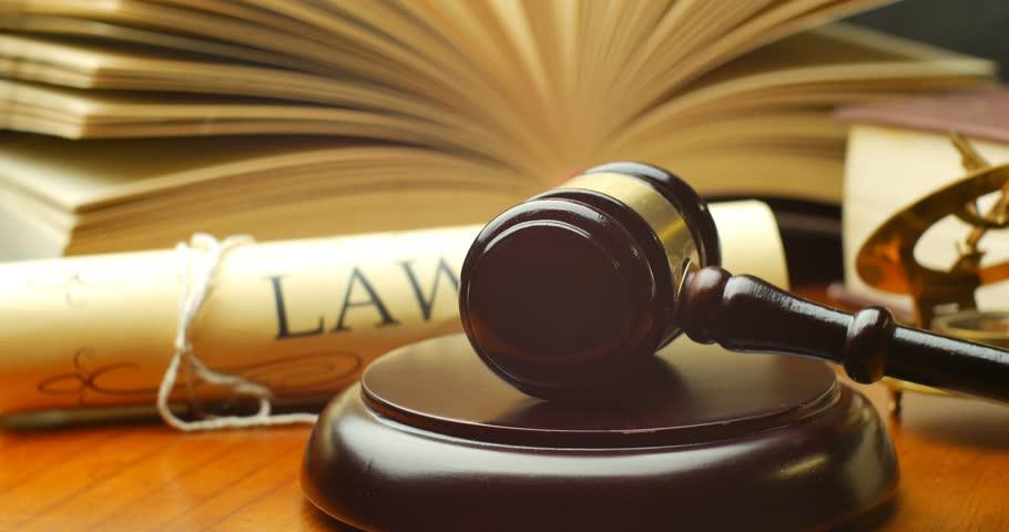 Os direitos difusos e coletivos dos trabalhadores, tutelados pela Ação Civil Pública, se submetem à prescrição quinquenal
